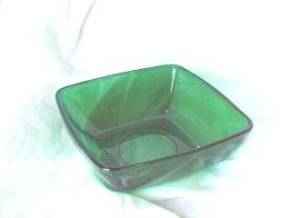 Anchor Hocking Fire King green bowls 1950 1954