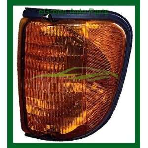 03 07 Ford Van Corner Light Lamp Left Amber Automotive
