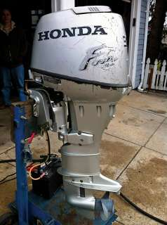Honda 30 HP Outboard Boat Motor Engine 4 Stroke Electric Start 9.9 15