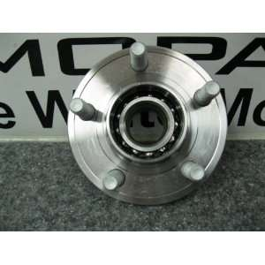 MAGNUM 300 FRONT WHEEL BEARING HUB ASSY MOPAR OEM RWD NEW Automotive