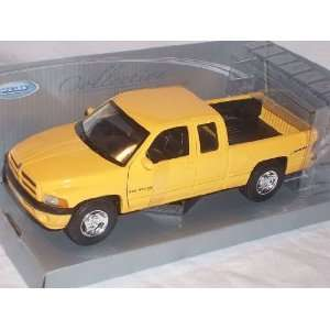 DODGE RAM QUAD CAB PICKUP PICK UP 1500 SPORT GELB 1/24 WELLY