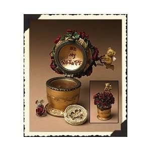 Boyds Bear Cupids Bouquet with Petals McNibble Trinket Box
